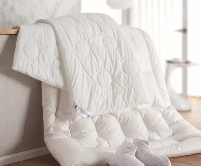 g nstige bettw sche f r ihren besten schlaf. Black Bedroom Furniture Sets. Home Design Ideas