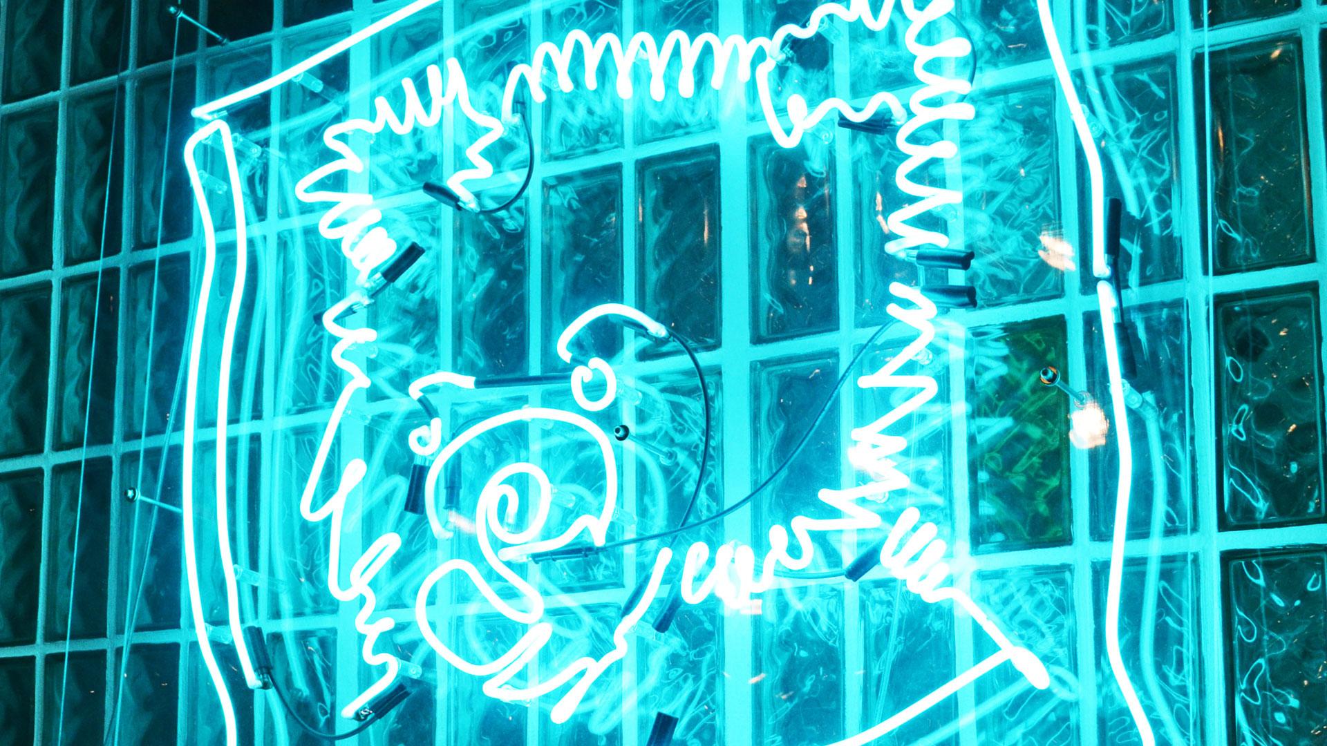 171109_1920x1080_72dpi_neon